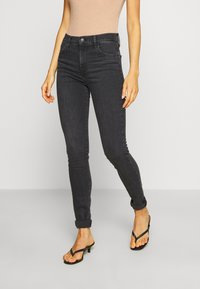Levi's® - 720 HIRISE SUPER SKINNY - Jeansy Skinny Fit - smoked out - 0