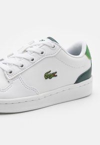 Lacoste - MASTERS CUP UNISEX - Trainers - white/dark green - 5