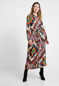 Cortefiel - LONG PRINTED DRESS - Maxi dress - multicoloured - 0