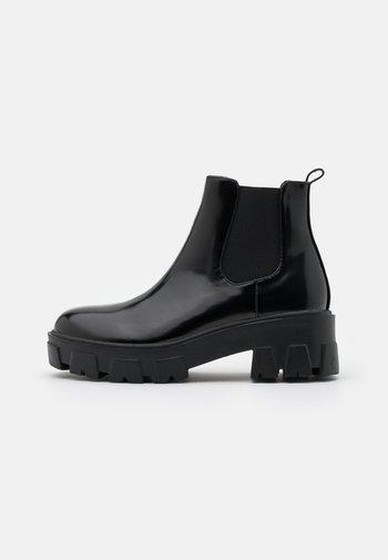 LIZA - Kotníková obuv - black