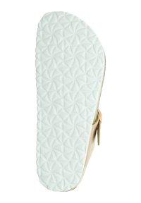 Tamaris - T-bar sandals - rose gold - 3