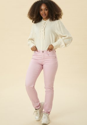 LOTTECR PLAIN TWILL - COCO FIT BCI - Jeans slim fit - cameo pink