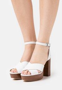 MICHAEL Michael Kors - ODETTE PLATFORM - High Heel Sandalette - optic white - 0