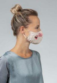 Mey - Community mask - make up - 4