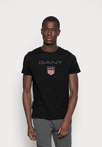 GANT - SHIELD - T-shirt med print - black - 0