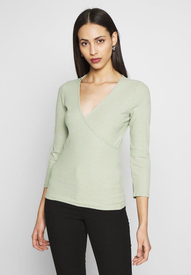 ONLNELLA  - Maglietta a manica lunga - frosty green