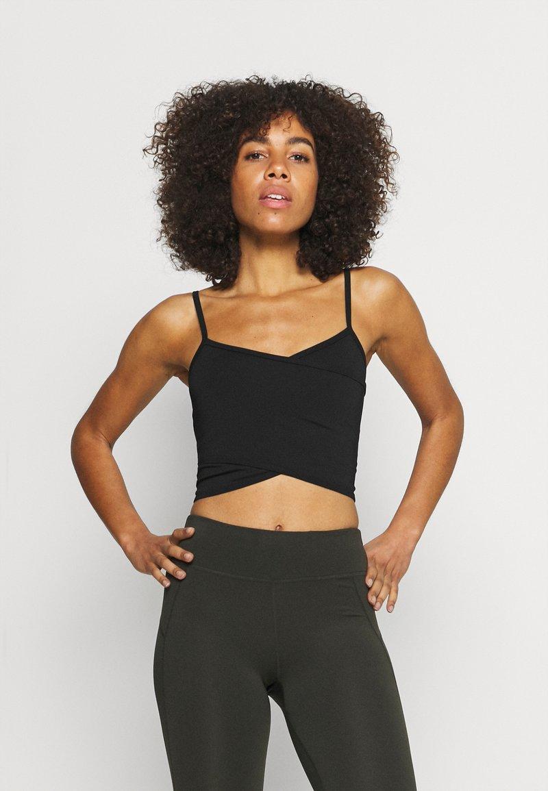 Cotton On Body - WINTER CROSS FRONT VESTLETTE - Débardeur - black