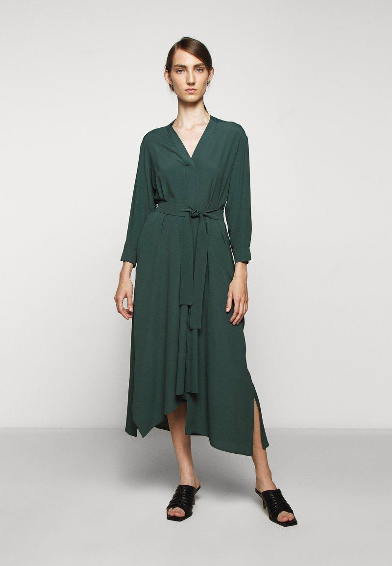 WEEKEND MaxMara - JAMES - Day dress - gruen