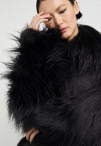 MM6 Maison Margiela - Zimní kabát - black - 6