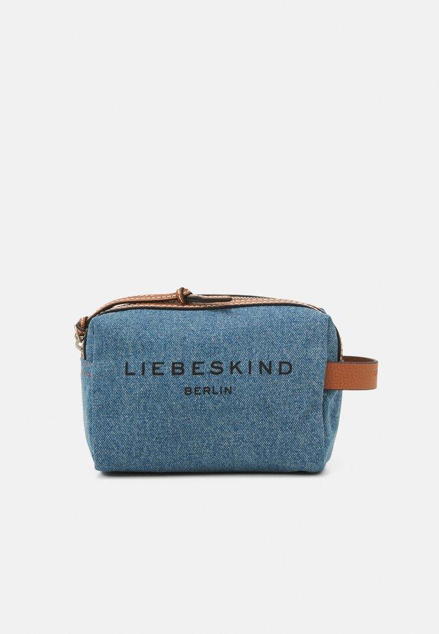 COSMETICS - Kosmetická taška - blue denim