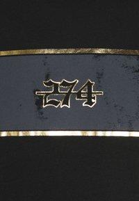 274 - REVOLT TEE - Print T-shirt - black - 4