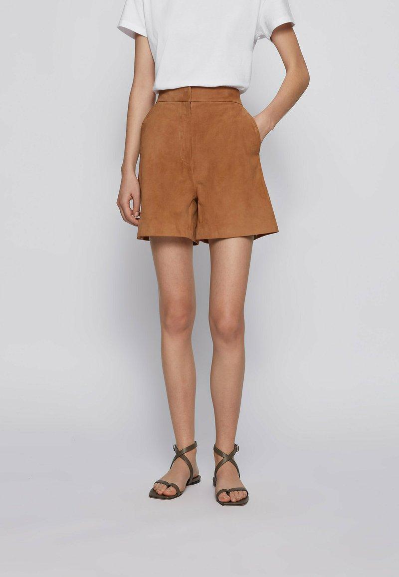 BOSS - SIRIDA - Shorts - beige