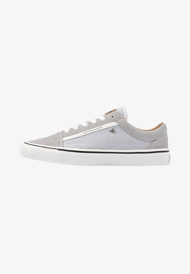 Chaussures de skate - grey