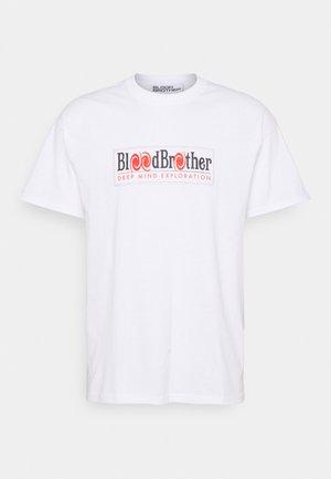 DEEP MIND TEE UNISEX - T-shirt con stampa - white