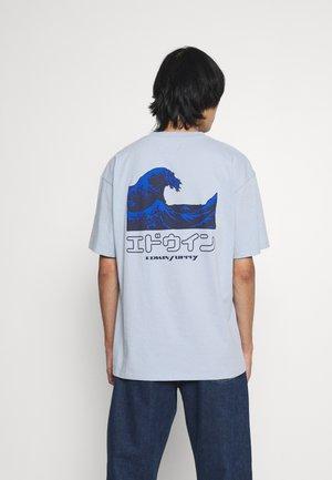 THE WAVE II UNISEX - Print T-shirt - blue fog