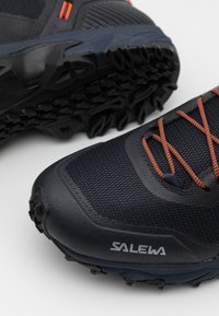 Salewa - MS ULTRA TRAIN 3 - Trail running shoes - ombre blue/red orange - 5