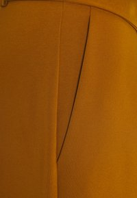 Closet - D-RING WAIST TROUSERS - Trousers - rust - 2