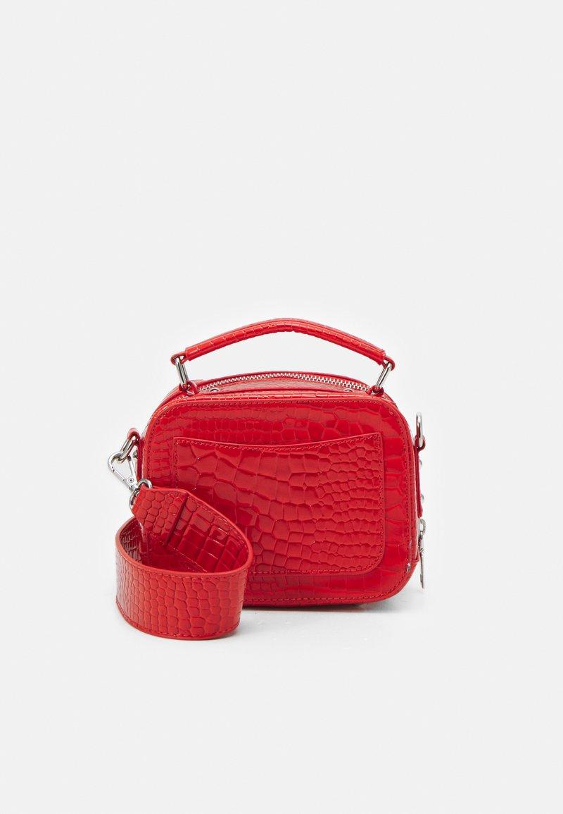 HVISK - BLAZE CROCO - Handbag - orange red