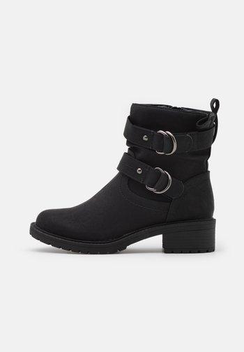 ARIBA BOOT - Cowboy-/Bikerlaarsjes - black