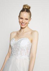 Luxuar Fashion - Festklänning - ivory/nude - 4