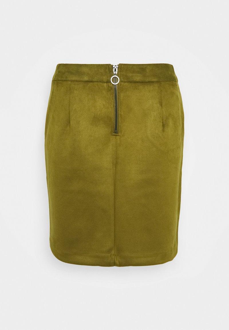 Vero Moda Tall - VMDONNA DINA SHORT SKIRT - Mini skirt - fir green