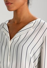 Selected Femme - SFDYNELLA STRIPE  - Tunic - creme/dark sapphire - 3
