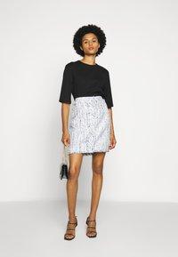 KARL LAGERFELD - CLASSIC SKIRT - A-line skirt - light blue - 1