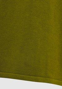 TOM TAILOR - BASIC V-NECK - Jumper - wood green - 2