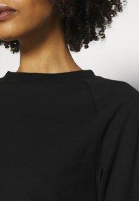 Anna Field - BASIC CLEAN  CREW NECK SWEATSHIRT  - Sweatshirt - black - 4