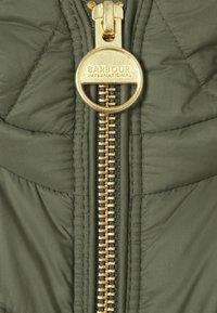 Barbour International - MILLER QUILT - Lehká bunda - vine - 6
