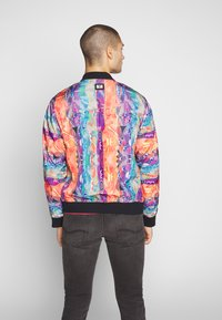 Carlo Colucci - Bomber Jacket - weiss - 2