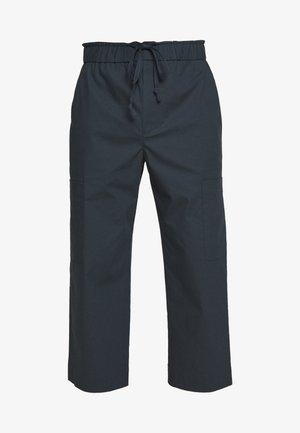 WASHED POPLIN CROPPED PANT - Pantalon classique - marine