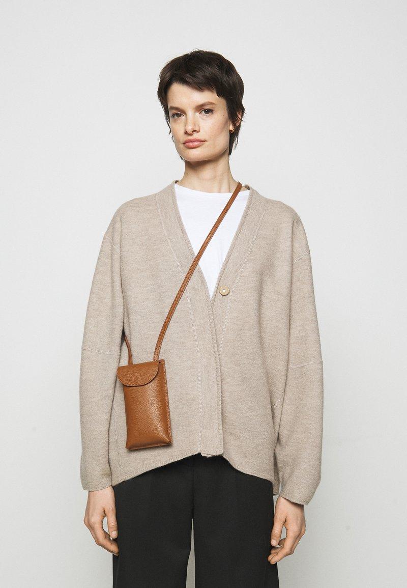 Coccinelle - PORTA TELEPHONO - Across body bag - caramel