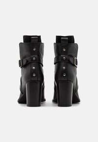 ZIGN Wide Fit - Korte laarzen - black - 3