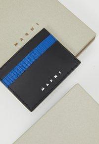 Marni - WALLET UNISEX - Portefeuille - mazarine blue / black - 4