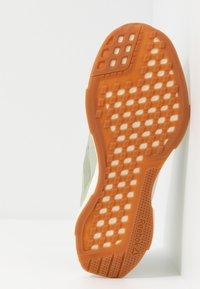 Reebok - LITE PLUS 2.0 - Zapatillas de running neutras - olive - 4