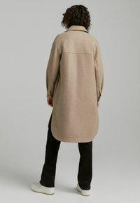 Bershka - Klassinen takki - beige - 2