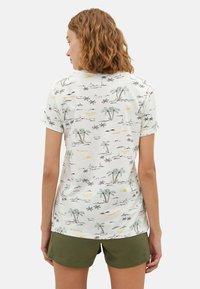 LC Waikiki - SHORT SLEEVE - Print T-shirt - ecru - 2
