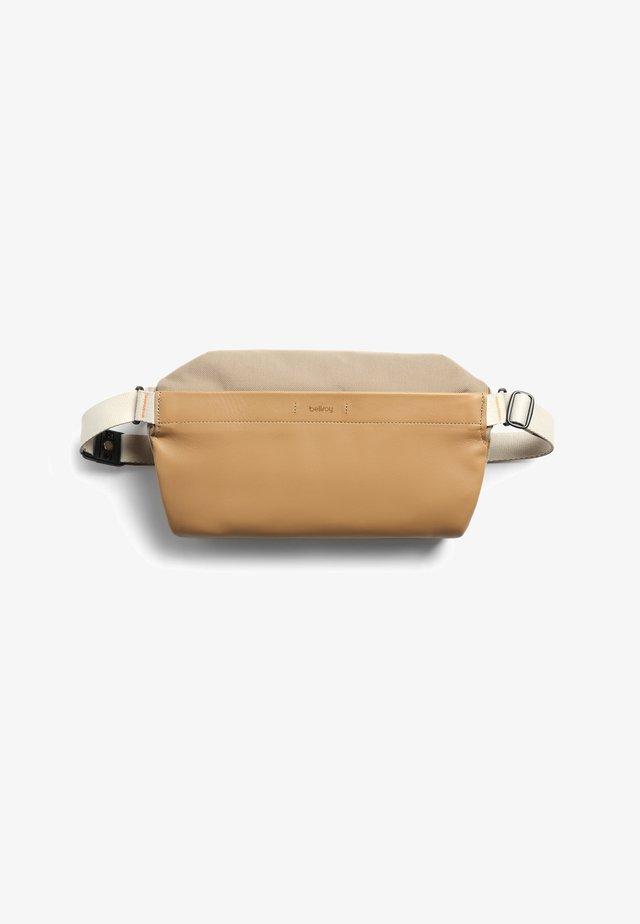 SLING PREMIUM - Bum bag - desert