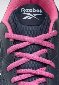 Reebok - XT SPRINTER - Stabilty running shoes - blue - 5