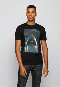 BOSS - TNOAH 1 - T-shirt imprimé - black - 0