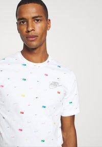 Nike Sportswear - T-shirt imprimé - white - 4