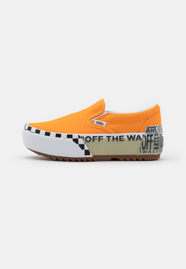 CLASSIC STACKED - Mocasines - bright marigold/true white