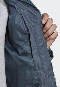 adidas Originals - WINTER REGULAR JACKET - Down jacket - legacy blue - 7