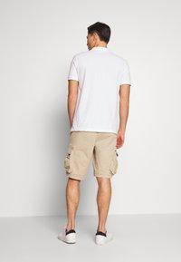 GAP - STRETCH - Shorts - iconic khaki - 2