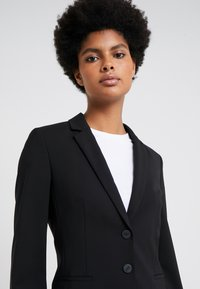 HUGO - THE SHORT JACKET - Blazere - black - 3
