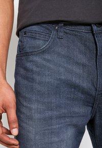 Lee - AUSTIN - Straight leg jeans - dark shark - 5