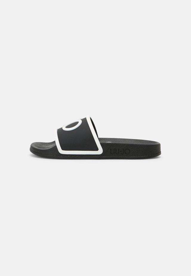 KOS - Sandály do bazénu - black/white
