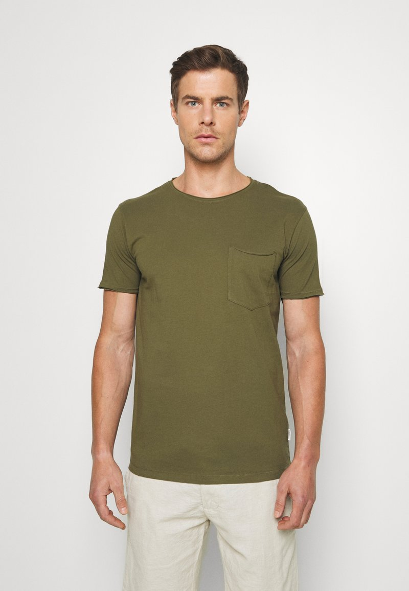 Lindbergh - WASHED TEE - T-shirt - bas - army