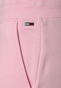 Tommy Jeans - WIDE LEG - Tracksuit bottoms - rosa - 2